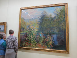 Joan and Bob study Monet's strokes